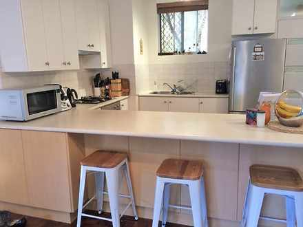Kitchen with chairs %282%29 1472867080 thumbnail