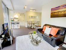 Apartment - 2/146 Boundary Street, Paddington 2021, NSW