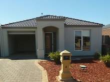 House - 4 Jade Court, Munno Para West 5115, SA