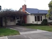 House - 9 Mahon Crescent, Beaconsfield 3807, VIC