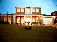 House - 9 Lachlan Grange, Bulleen 3105, VIC