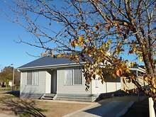 Townhouse - 20 Amber Avenue, Benalla 3672, VIC