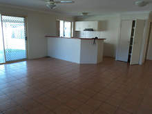 House - 14  Henley Court, Bellmere 4510, QLD