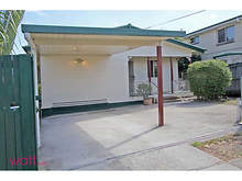 House - 75 Wallace Street, Chermside 4032, QLD