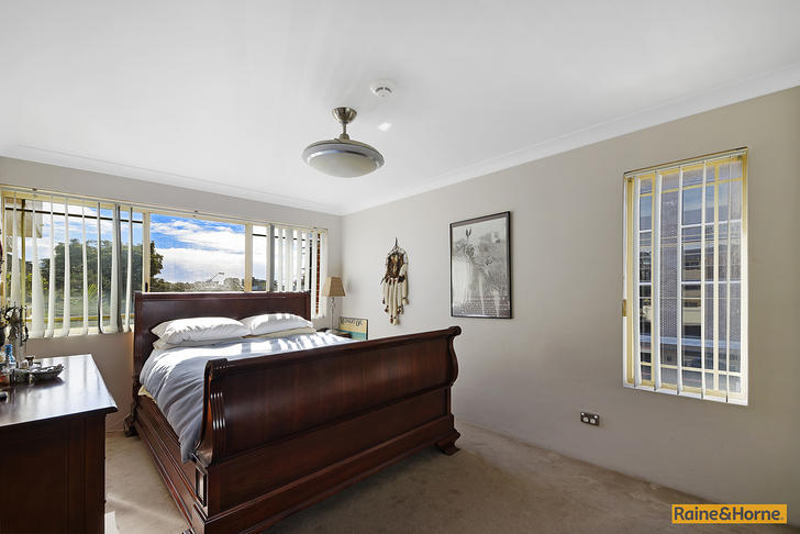 1443074886 7033 004 open2view id372706 5 66 kembla st wollongong 1574637266 primary