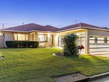 House - 9 Matipo Place, Palm Beach 4221, QLD