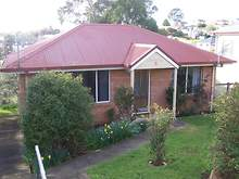 House - 5 Sampson Street, Hillcrest 7320, TAS