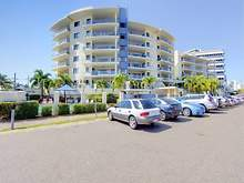 Apartment - 9 Anthony Street, South Townsville 4810, QLD