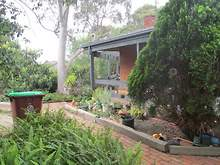 House - 40 William Perry Close, Endeavour Hills 3802, VIC