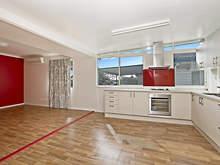 House - 32 Tingal Road, Wynnum 4178, QLD