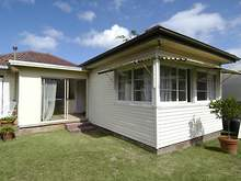 Apartment - 2 Connought Street, Narraweena 2099, NSW