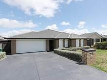 House - 6 Hazelwood Place, Goulburn 2580, NSW