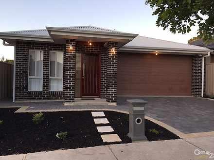 House - 52 Pompoota Road, M...