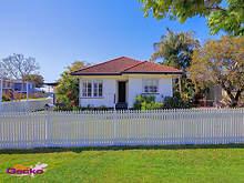 House - 4 Elm Street, Wynnum 4178, QLD