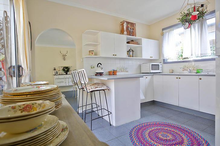 20755 kitchen web 1572930957 primary