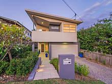 House - 54 Macdonald Street, Lota 4179, QLD