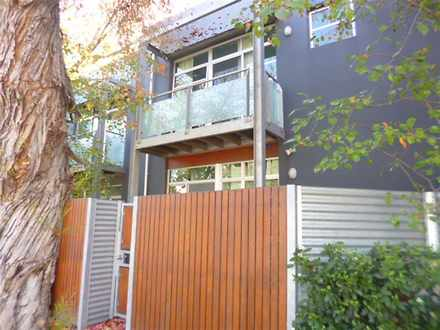 Townhouse - 4/54 Charles St...