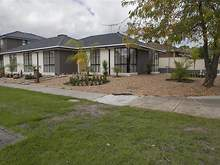 House - 1 Finchley Court, Endeavour Hills 3802, VIC