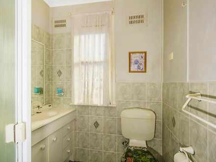 1430781621 18999 bathroom 1580170465 thumbnail
