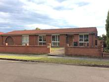House - 1 Thackeray Close, Wetherill Park 2164, NSW