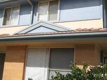 Townhouse - 1/281 Sandgate Road, Shortland 2307, NSW