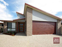 House - 15 Harding Close, Manly West 4179, QLD