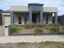 House - 4 Adamson Street, Blakeview 5114, SA