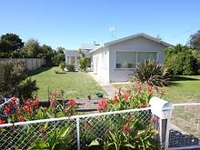 House - 12 Recreation Street, Kingston Beach 7050, TAS