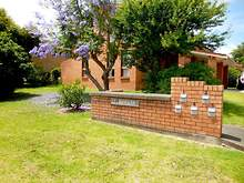 Townhouse - 2/5 Campbell Place, Nowra 2541, NSW