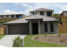 House - 17 Fortescue Street, Pacific Pines 4211, QLD