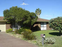 House - 19 Luckhurst Drive, Mandurah 6210, WA