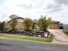 House - 28 Cumberland Crescent, Heritage Park 4118, QLD