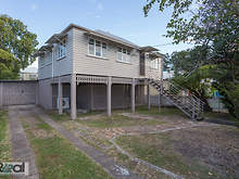 House - 7 Monmouth Street, Morningside 4170, QLD