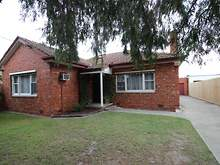 House - 19 Andrew Street, Oakleigh 3166, VIC