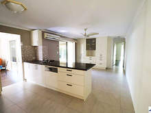 House - 8 Mango Street, Runcorn 4113, QLD