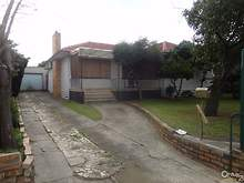 House - 1325 Centre Road, Clayton 3168, VIC