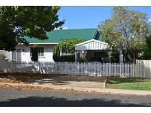 House - 28 Mcdowall Street, Newtown 4350, QLD