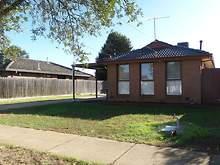House - 18 Blackwood Drive, Melton South 3338, VIC