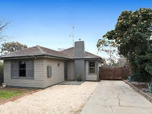 House - 9 Bank Street, Kangaroo Flat 3555, VIC