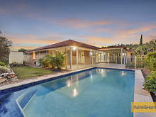 House - 10 Kanangra Crescent, Pacific Pines 4211, QLD