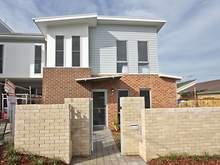 Unit - ROOM 3, 2/10 Steel Street, Jesmond 2299, NSW