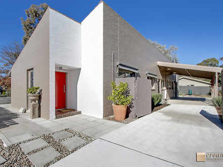 House - 2 Banvard Place, Ch...