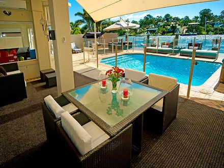 Villa - Sanctuary Cove 4212...