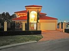 House - 33 Talia Drive, Sti...