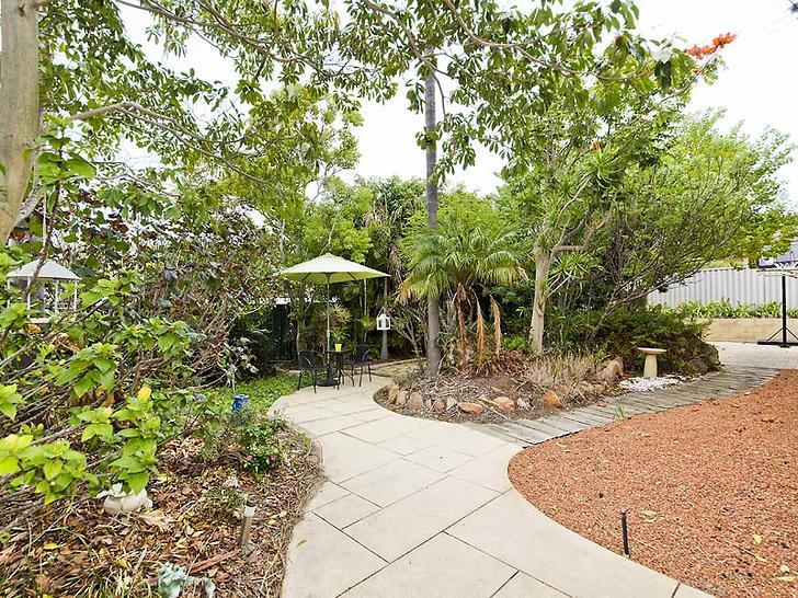 House - 4 Rotorua Grove, Jo...