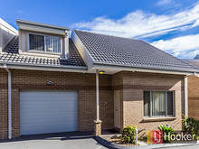 Townhouse - 7/34-36 Canberr...