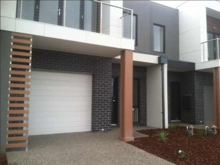 Townhouse - 55 Chessington ...