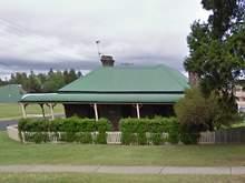 House - 18 Queen Elizabeth Drive, Armidale 2350, NSW