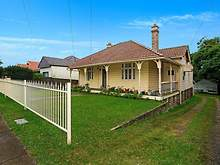 House - 32 Park Road, Carlton 2218, NSW