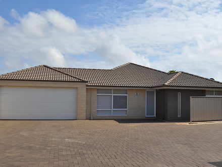 House - 2/19 Flores Road, W...